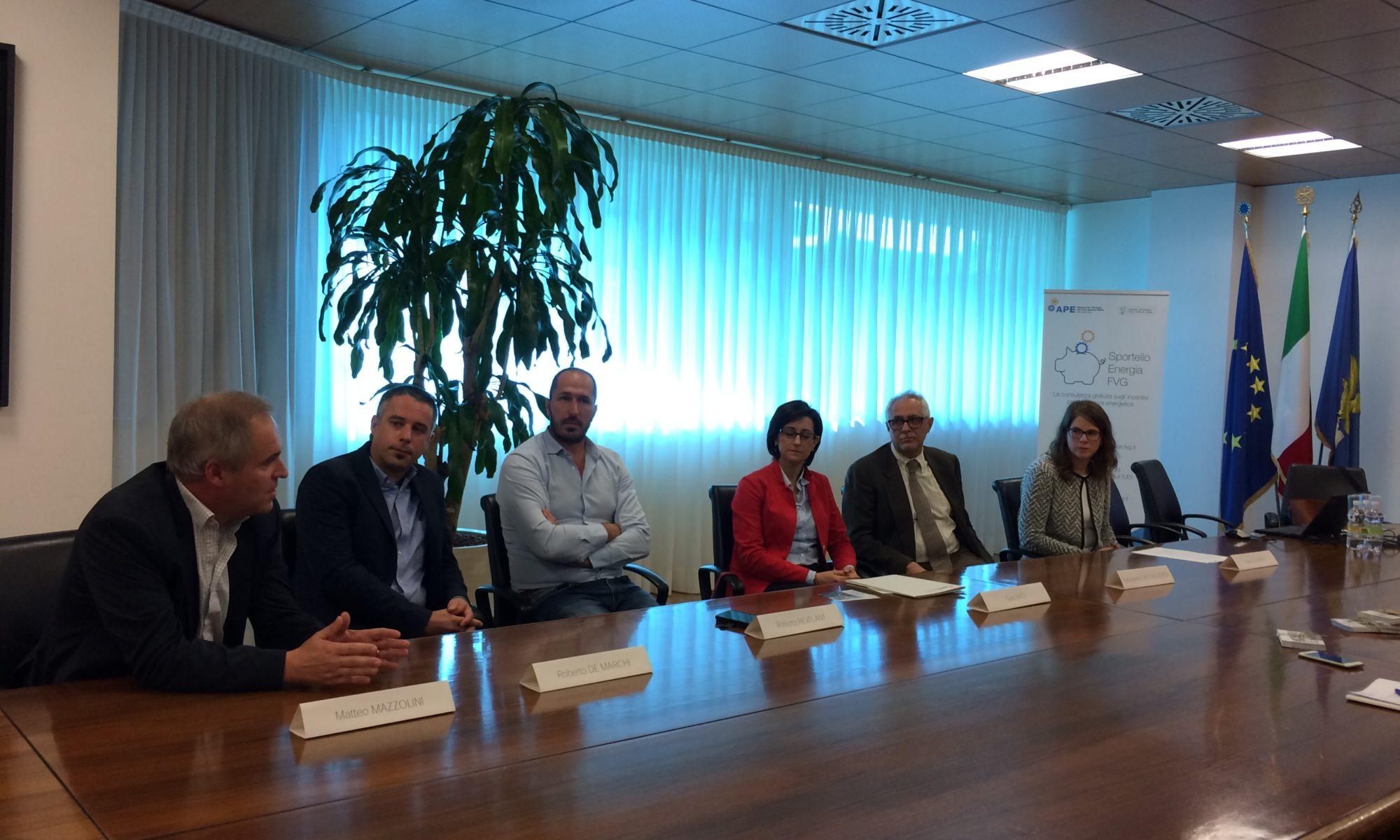 conferenza stampa 27.09.17 Sportello Energia FVG Mazzolini, De Marchi, Revelant, Vito, Cacciaguerra, Cosano